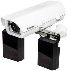 IP816A-LPC (40mm) with Enclosure and IR Illuminator for License Plate Capture Solution